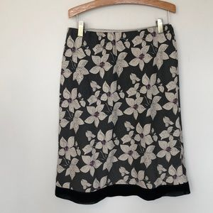 Dresses & Skirts - 100% silk floral skirt size 6